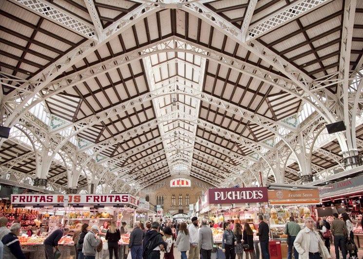 El mercado central de Valencia ya ha cumplido cien años