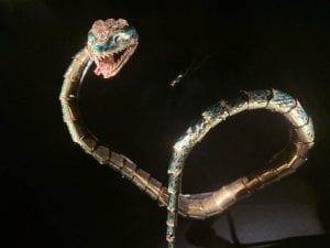 Brazalete con forma de serpiente, una de las piezas más valiosas del museo DIVA