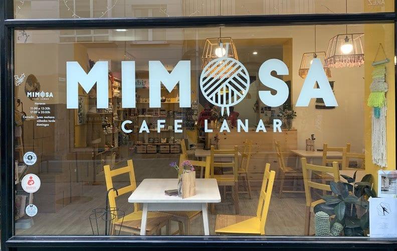 Escaparate de Mimosa en Calle Travesía del Convento, 9