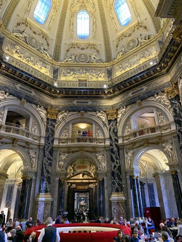 Cafetería del Museo de Bellas Artes de Viena