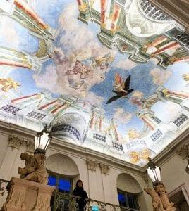 En el interior de muchos edificios de Graz hay frescos de gran valor