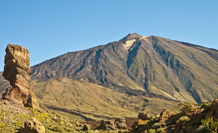 Volcanes y roques, paisaje típico de Tenerife