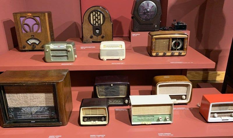 Colección de radios antiguas