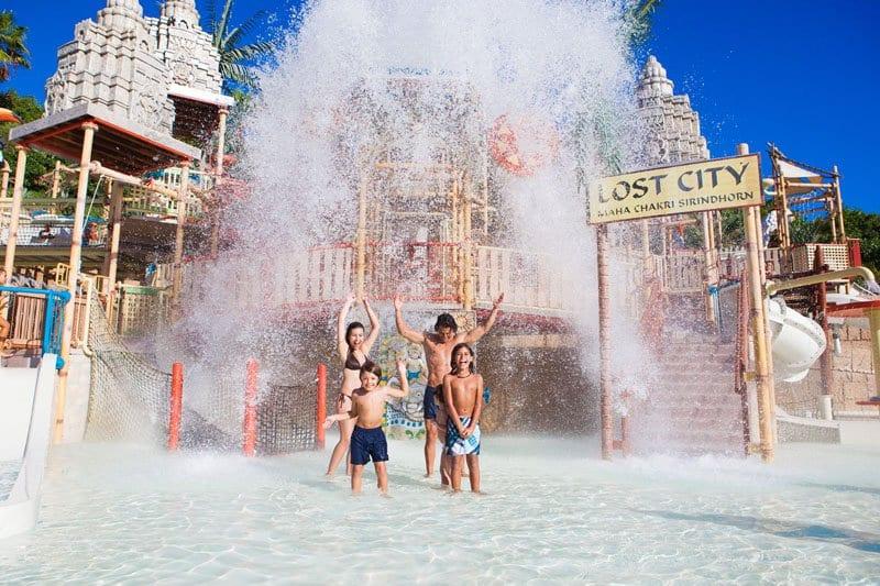 El Siam Park gusta a pequeños y mayores
