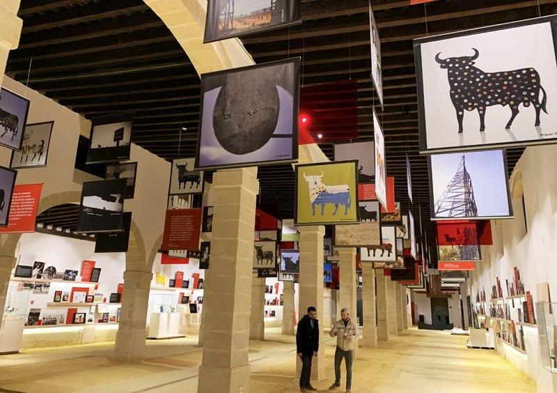 """Vista del interior de la """"Toro Gallery"""""""