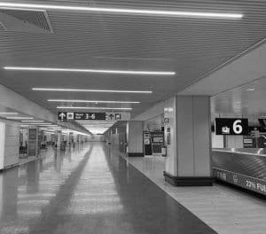 Estampa del aeropuerto de Fiumicino en Roma