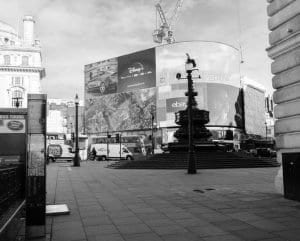 Captura de Picadilly Circus a las 16 h.