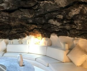 La casa de Manrique tiene paredes de lava