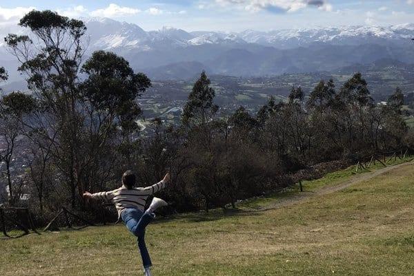 Panorámica de Oviedo desde la cima del Naranco