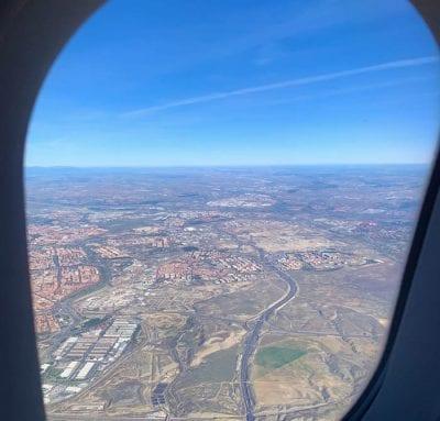 Si el día está despejado la vista de la tierra desde el aire es un espectáculo