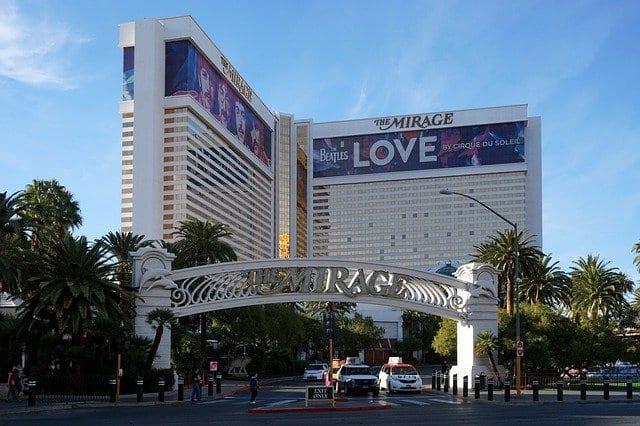 Fachada del hotel casino Mirage
