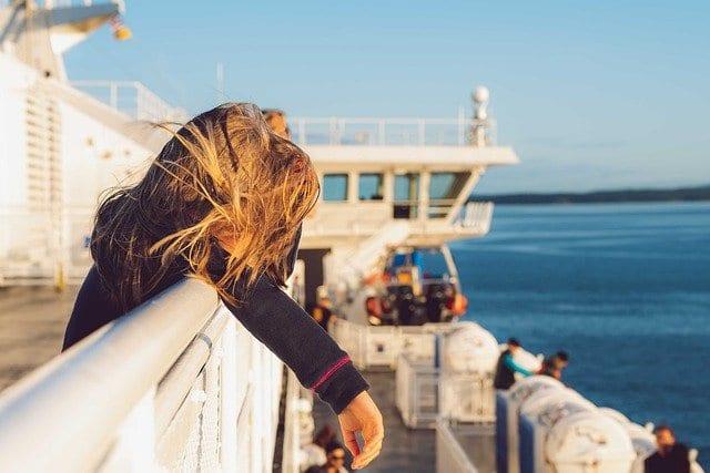 Niños en un ferry