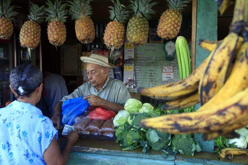 Puesto de fruta en Panamá