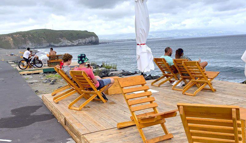 Chiringuito surfer en Santa Bárbara en San Miguel de Azores